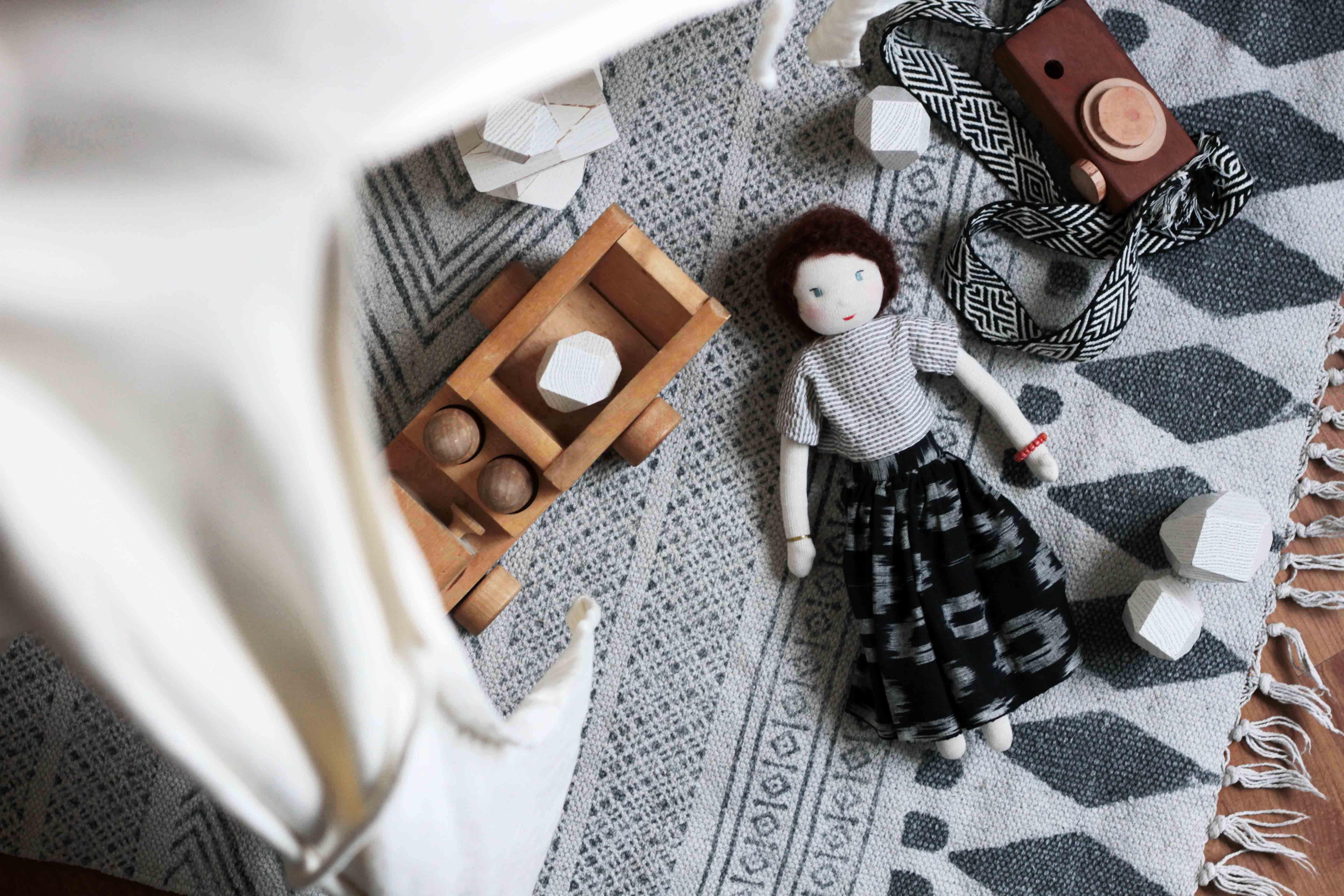 organic-sustainable-nontoxic-kids-toys-waldorf-doll